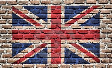 2014-01-06_01_Great Britain Flag Painted on Wall Bricks