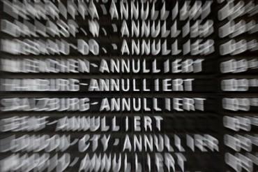 2014-10-20_01_Flüge Annuliert Flight Cancelled