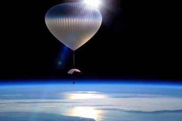 2013-10-28_02_Paragon Space Development Balloon